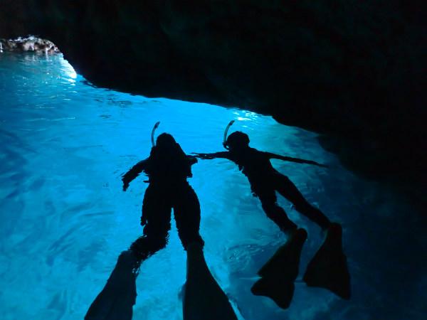 青の洞窟でのシュノーケリング
